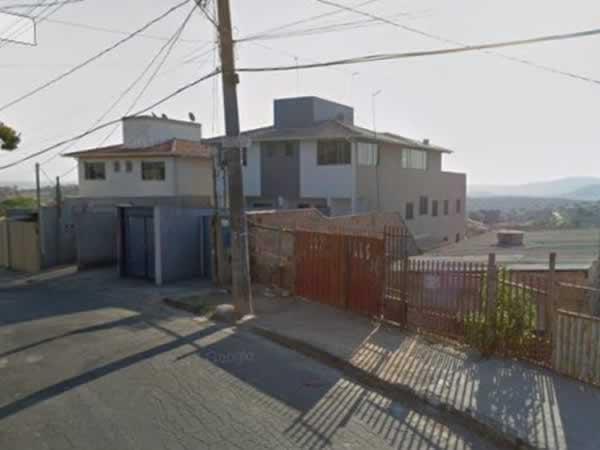 ITEM Nº: 031; BETIM; Casa, 101,25 m2 de área privativa, 2 qts, varanda, a.serv, suite, WC...