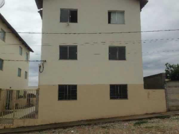 ITEM Nº: 005; ARAÚJOS; Apartamento, 51,89 m2 de área privativa, 2 qts, a.serv, WC, sl, co