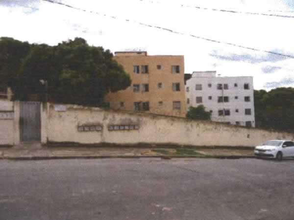 ITEM Nº: 032; BETIM; Apartamento, 42,75 m2 de área privativa, 2 qts, a.serv, WC, sl, cozi