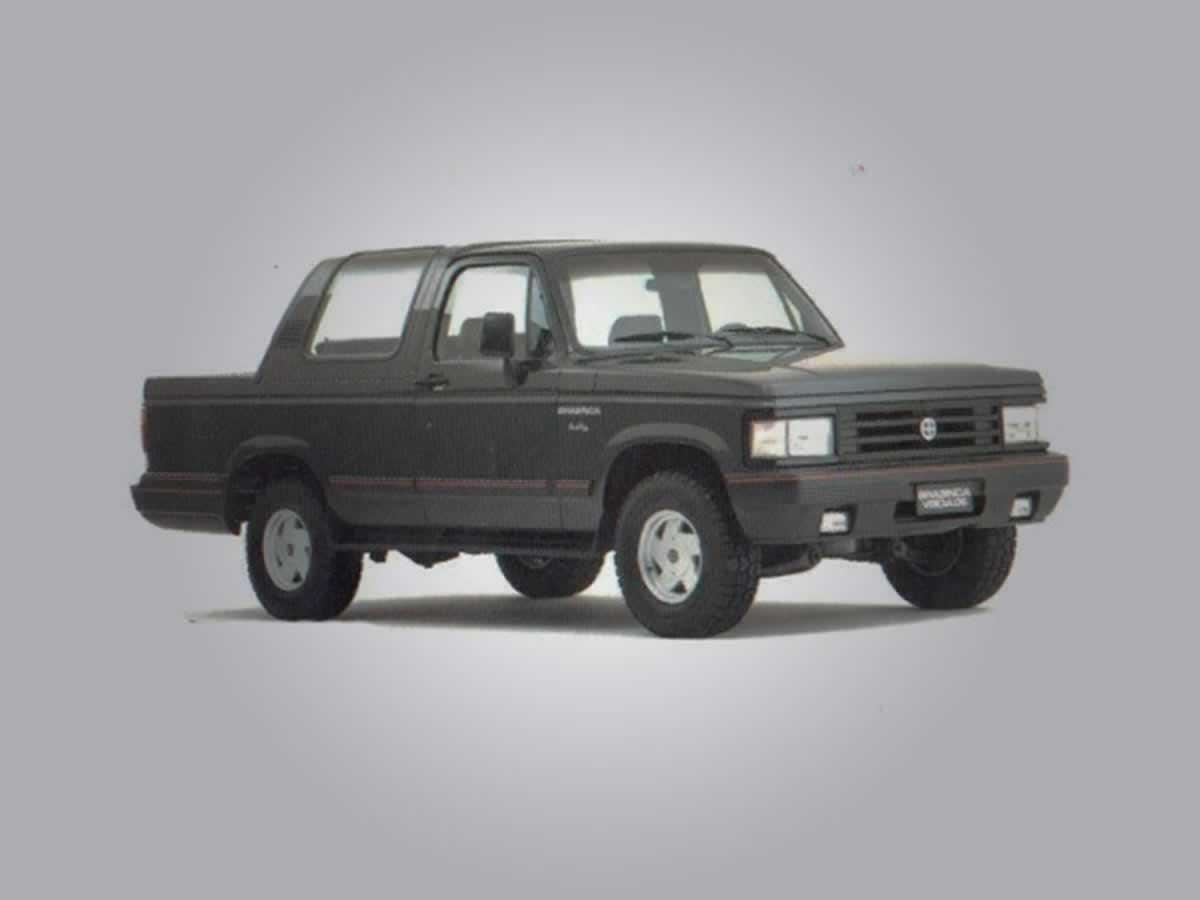 Piumhi - BRASINCA ANDALUZ GM, ANO: 1989/1990,  COR: Vermelha, PLACA 3894, CHASSI 512 Valor...