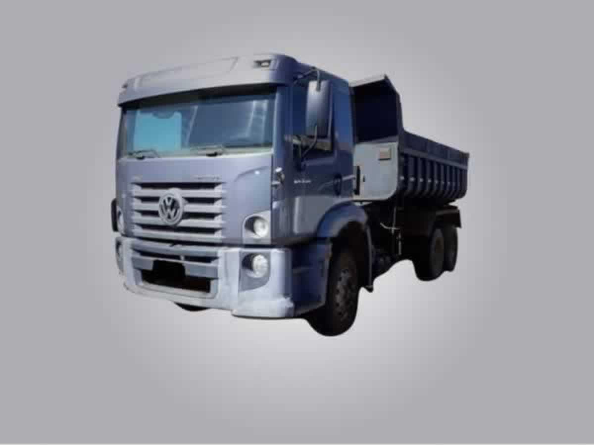 Varginha - Caminhão 24.250 CNC 6X2 caçamba VW, ANO: 2011/2011,  COR: Branca, PLACA 3780, C...