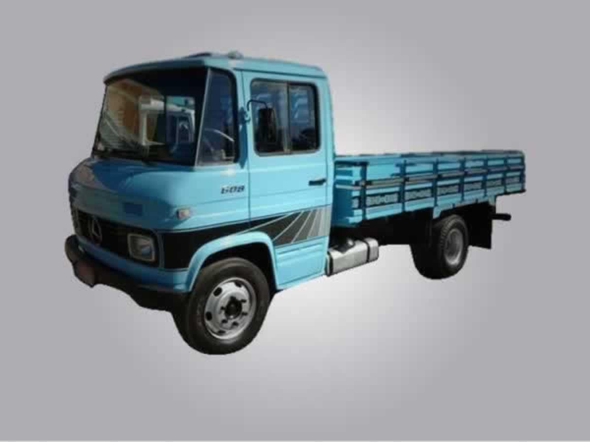 Pedro Leopoldo - Caminhão L 608 D Mercedes Benz, ANO: 1975/1975, COR: Azul, PLACA 9218, CH