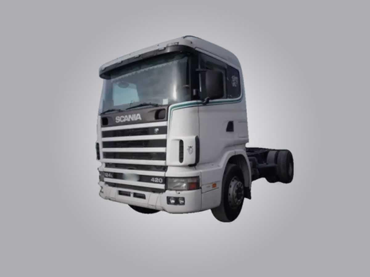 Araxá - Caminhão Trator R124 GA4X2NZ 420 Scania, ANO: 2000,  COR: , PLACA 9351, CHASSI 811...