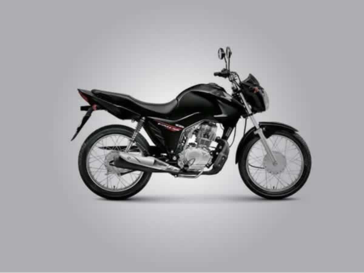 Pará de Minas - Motocicleta CG150 Fan Honda, ANO: 2015,  COR: Preta, PLACA 6772, CHASSI 08...