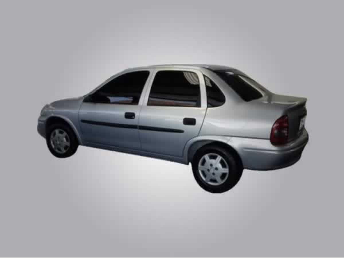 Monte Alegre de Minas - Veículo Corsa Sedan Chevrolet, ANO: 2002/2002,  COR: Azul, PLACA 3...