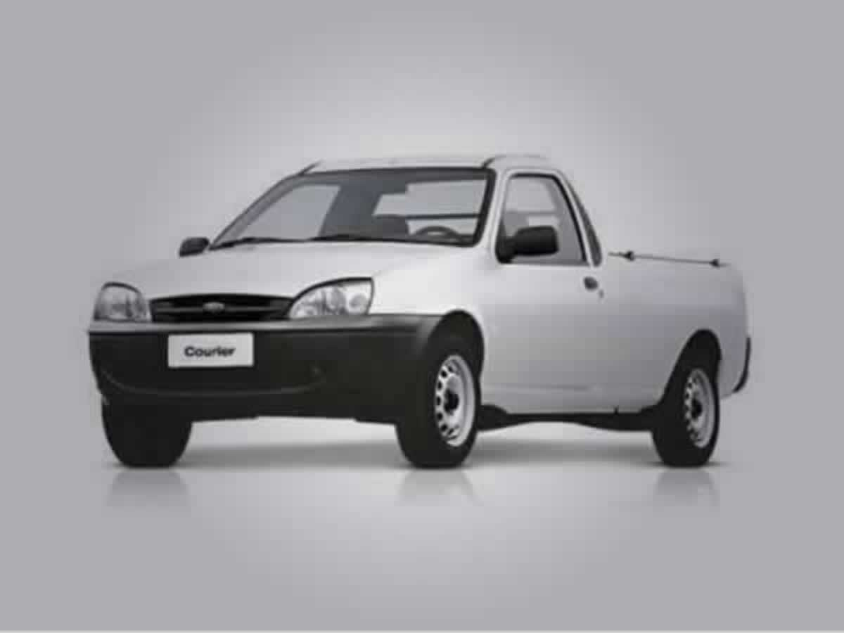 Carmo do Cajuru - Courier 1.6 Ford, ANO: 2004/2005,  COR: Branco, PLACA 9571, CHASSI 078 V...