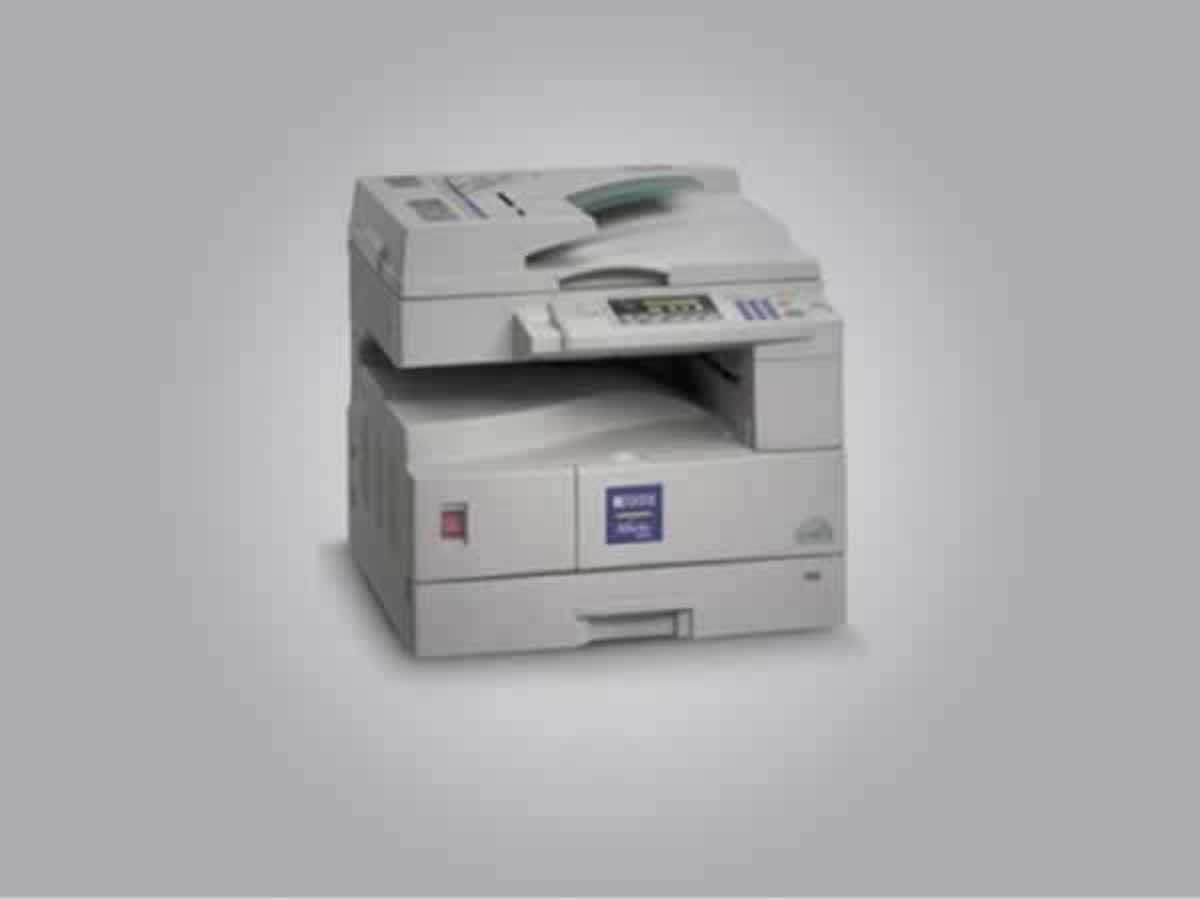 Lambari - Gestetner 1312 Xerox Características: 13 cópias por minuto, resolução de 600 dpi...