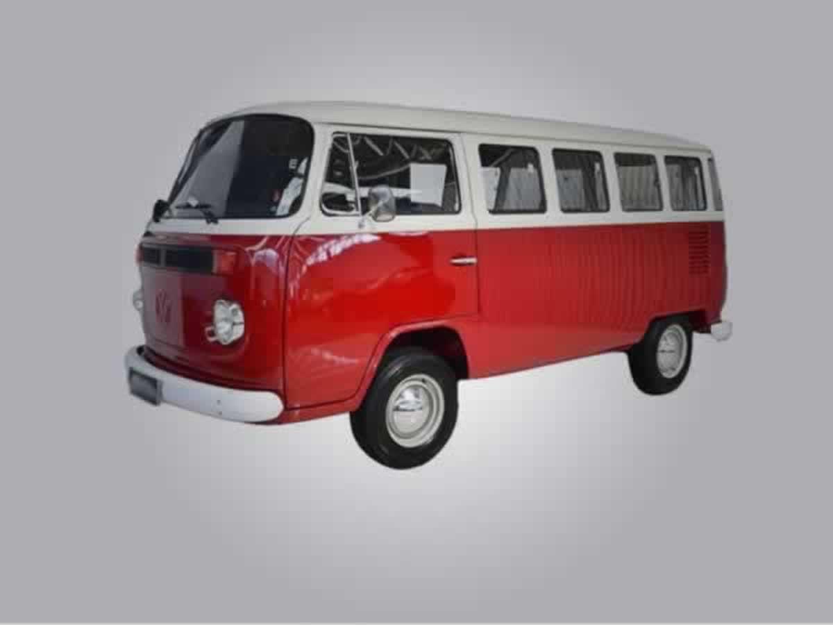 Barbacena - Kombi VW, ANO: 1977/19977,  COR: Branca, PLACA 0434, CHASSI 714 Valor de IPVA:...