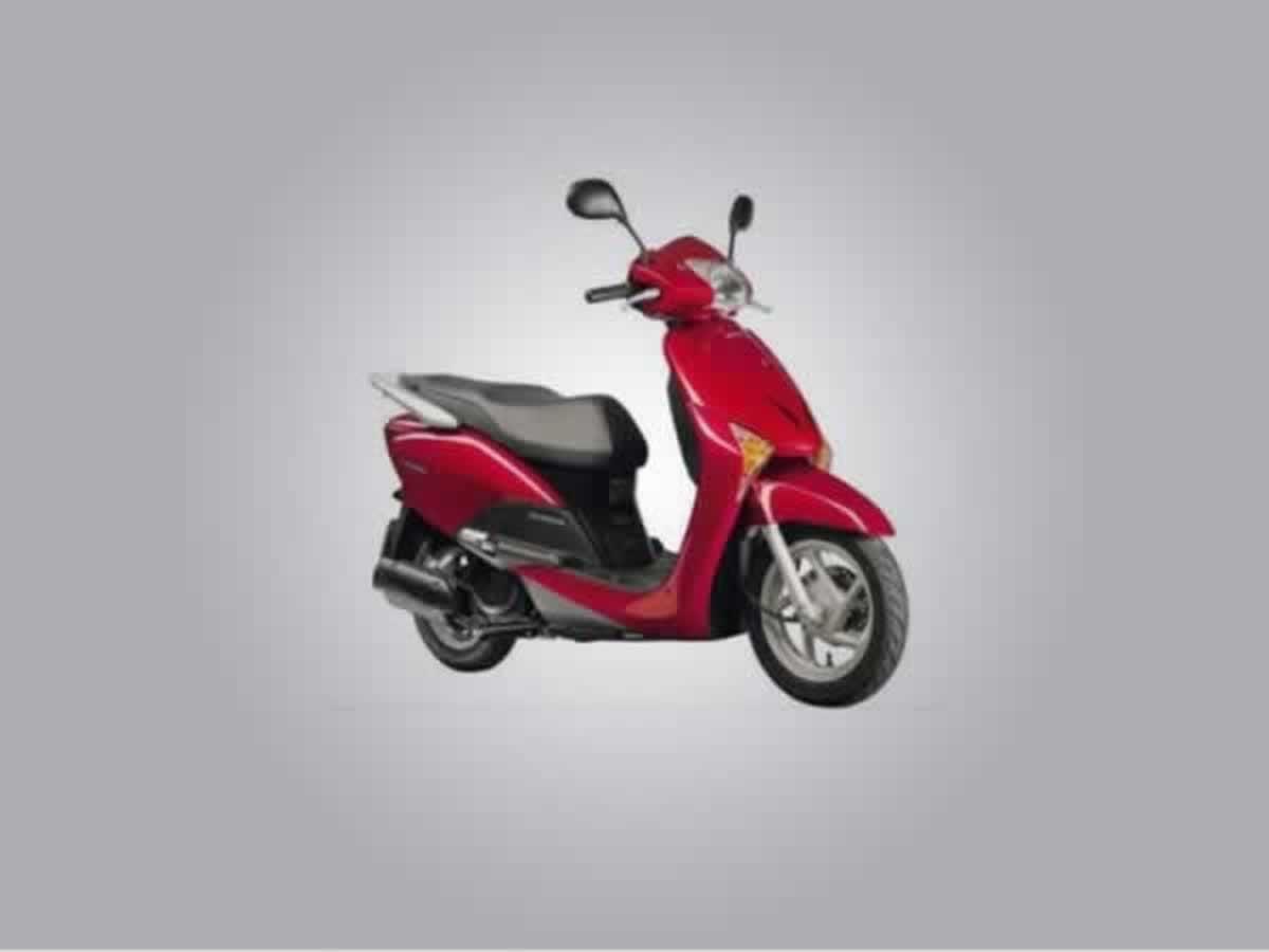 Curvelo - Lead 110 Honda, ANO: 2011/2011, COR: Preta, PLACA 6984, CHASSI 449 Valor de mult