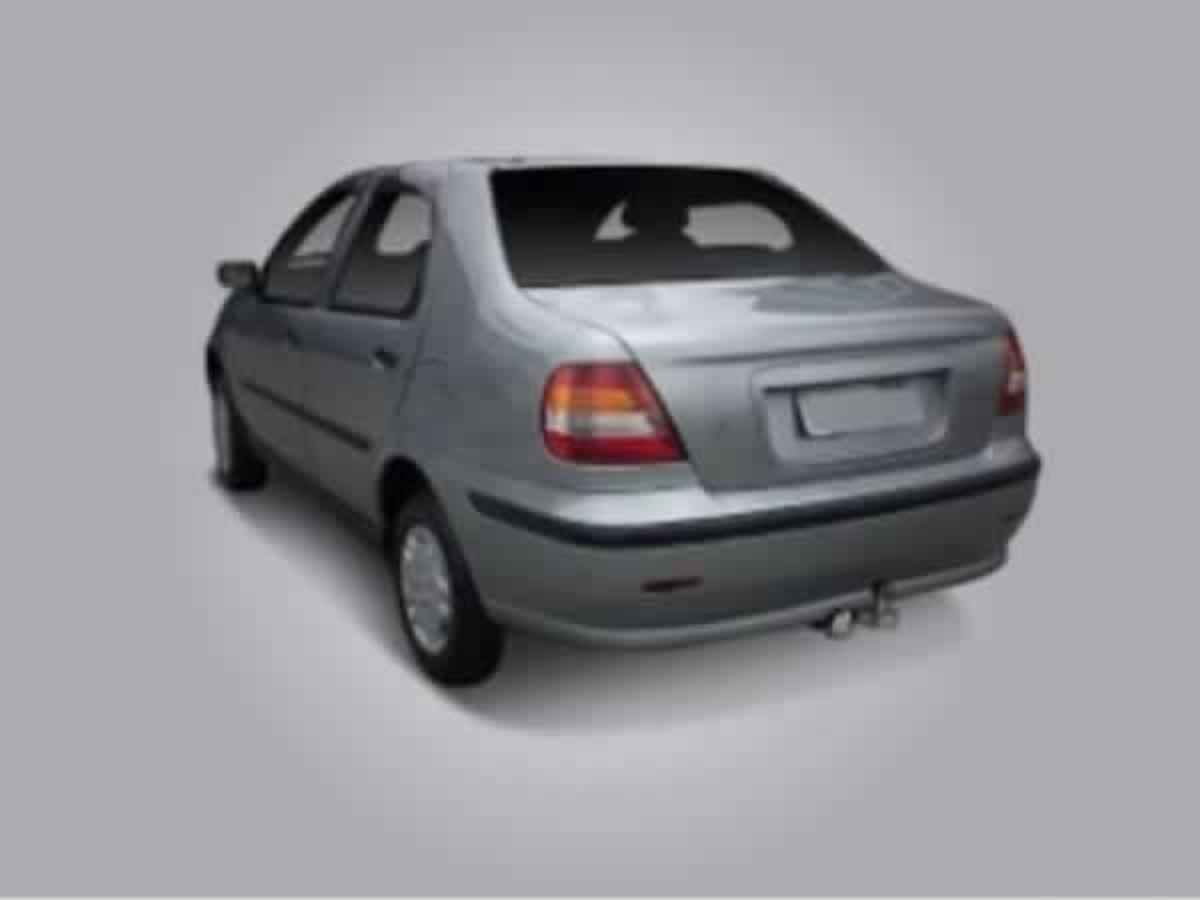 Pará de Minas - Siena ELX FIAT, ANO: 2001/2002,  COR: Verde, PLACA 8235, CHASSI 622 Valor ...