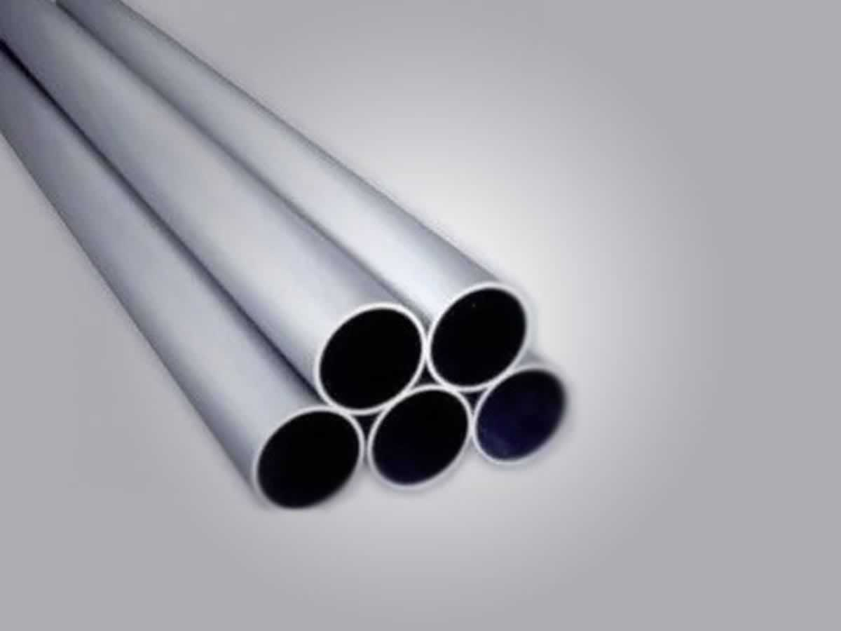 Januária - Quant.: 6 - Tubos de aço zincado de 5