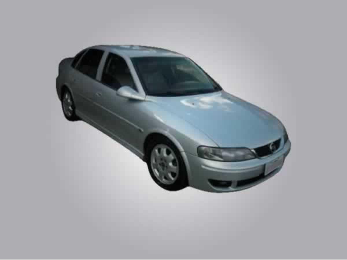 Rio Pardo de Minas - Vectra CD 2.2 16V Automatic GM, ANO: 2002,  COR: Azul, PLACA 2174, CH...