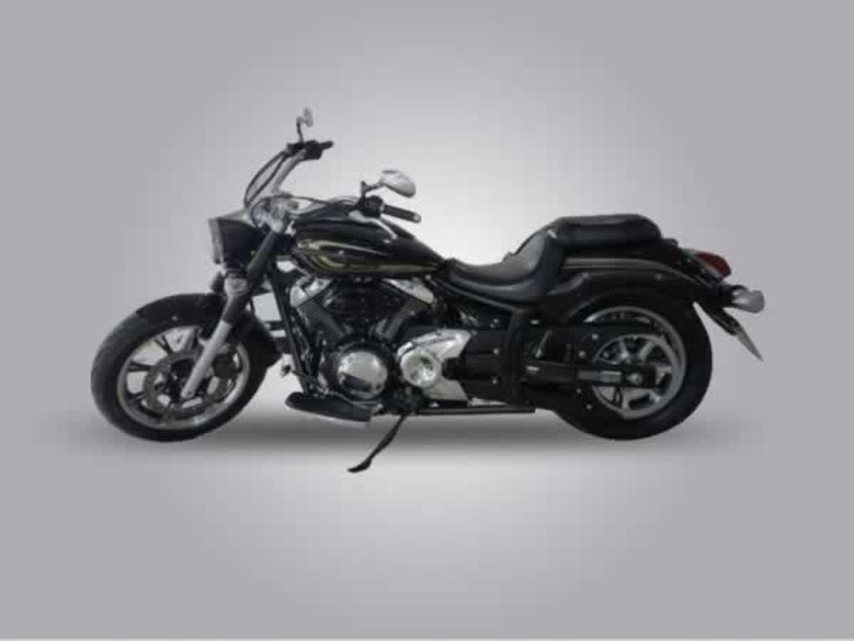 Luz - Motocicleta XVS950A MIDN.STAR Yamaha, ANO: 2014/2014,  COR: Branca, PLACA 2202, CHAS