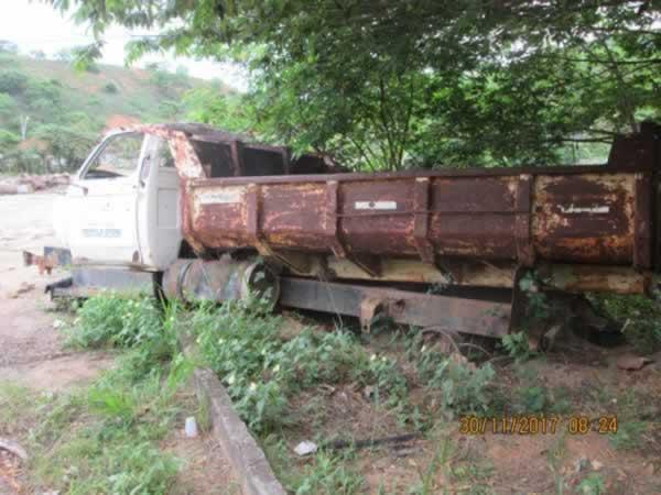 ITEM Nº: 01; Car/Caminhão Basculante; GM/Chevrolet, ANO: 1986/1986, PLACA: 2658, CHASSI: