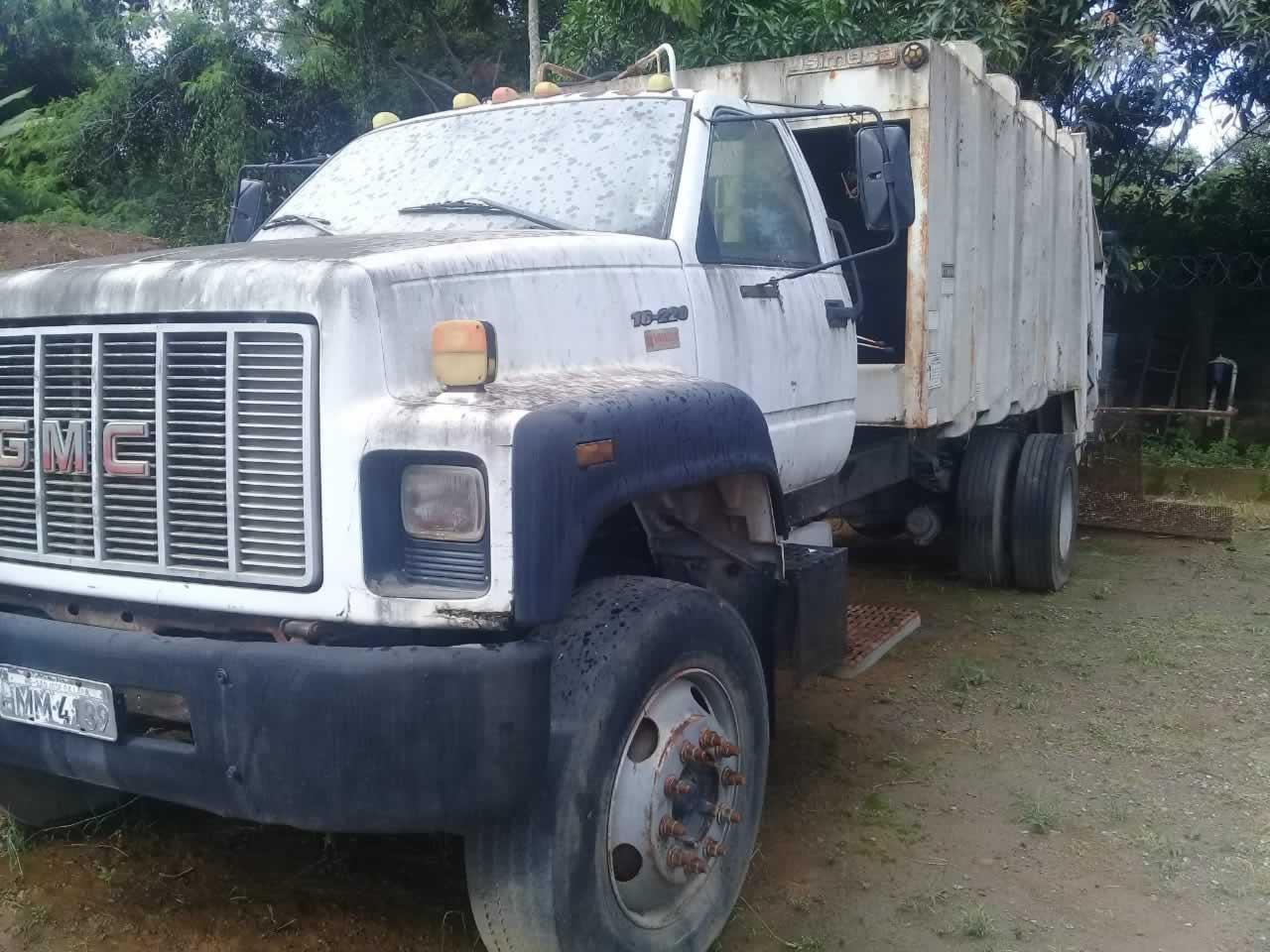 ITEM Nº: 03; Caminhão Mec. Operacional; Imp. GMG 16.220, ANO: 1998/1998, PLACA: 4139, CHA