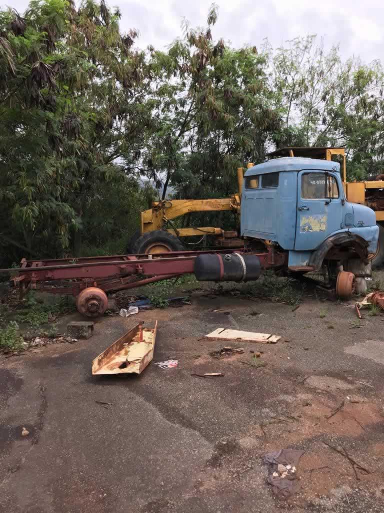 ITEM Nº: 04; Caminhão; Caminhão/M. Benz L1113, ANO: 1974/1974, PLACA: 3370, CHASSI: 119,