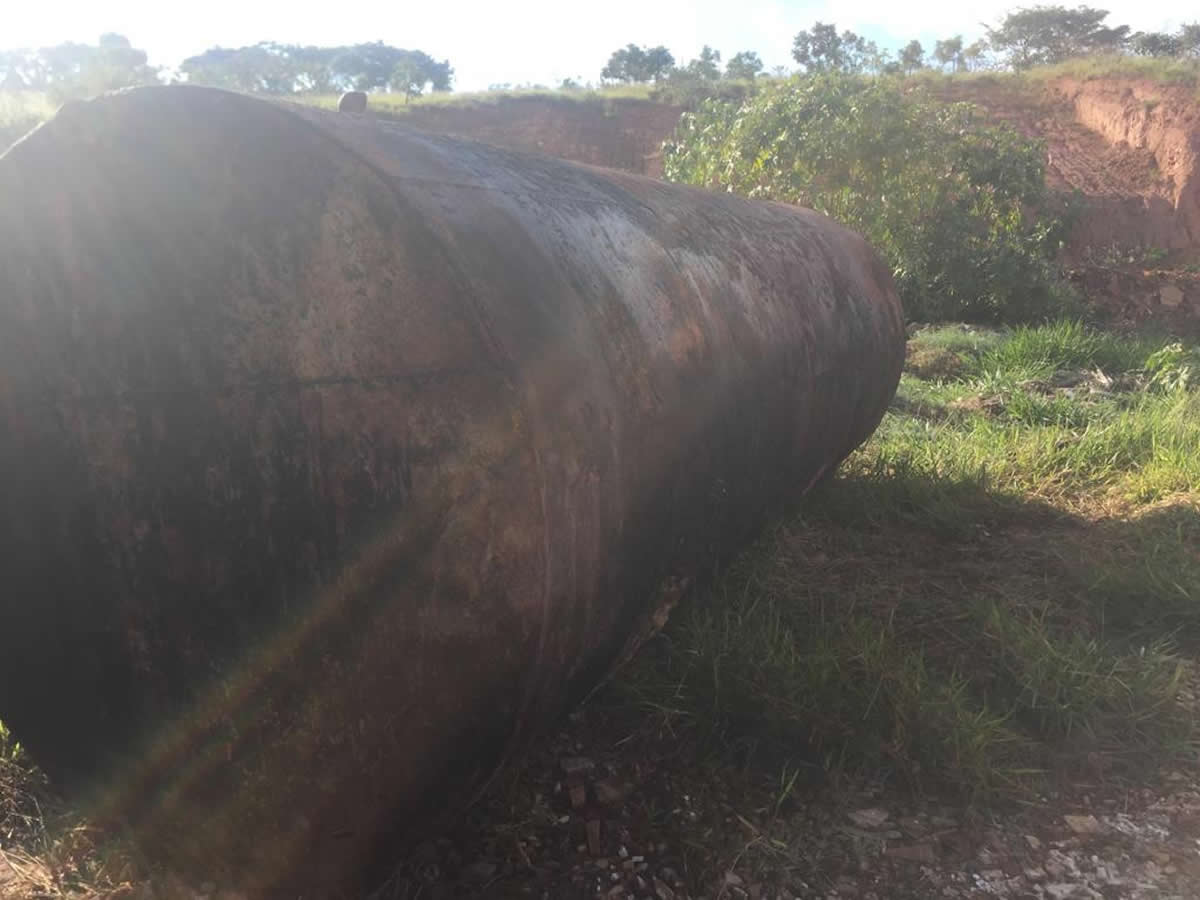 ITEM Nº: 02; Tanque de Piche de 15 mil litros;      Conforme edital    O leilão será real