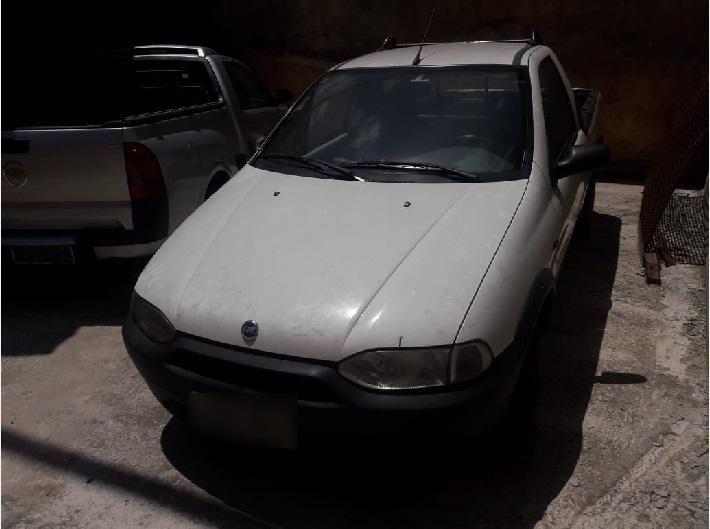 ITEM Nº: 02; CAR/ CAMINHONETE/ C.ABERTA; FIAT/ STRADA WORKING 2001, ANO: 2000, PLACA: 191