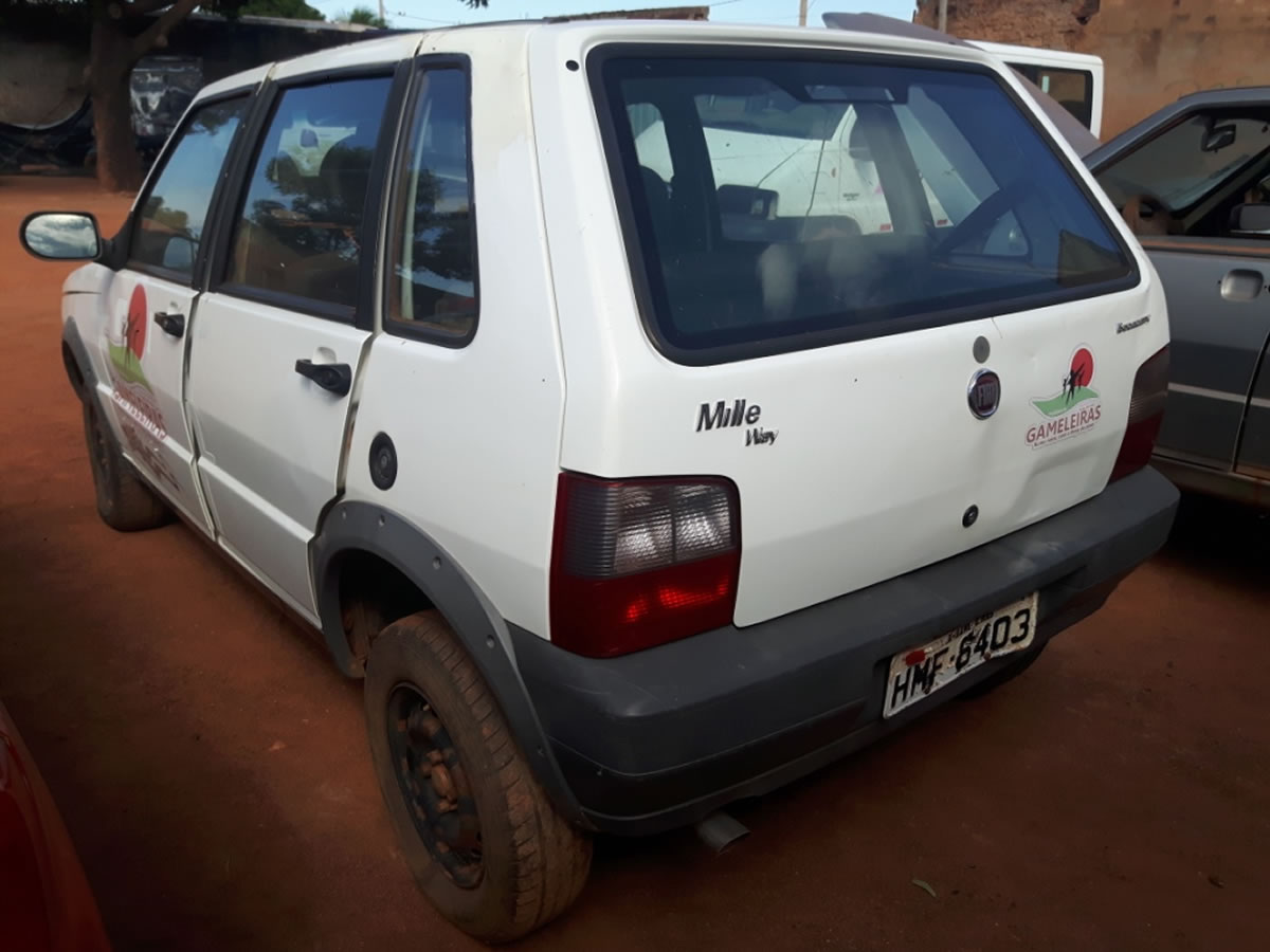 ITEM Nº: 13; Veículo; Fiat/Uno Mille Way Economy, ANO: 2012/2013, PLACA: 6403, CHASSI: 38...