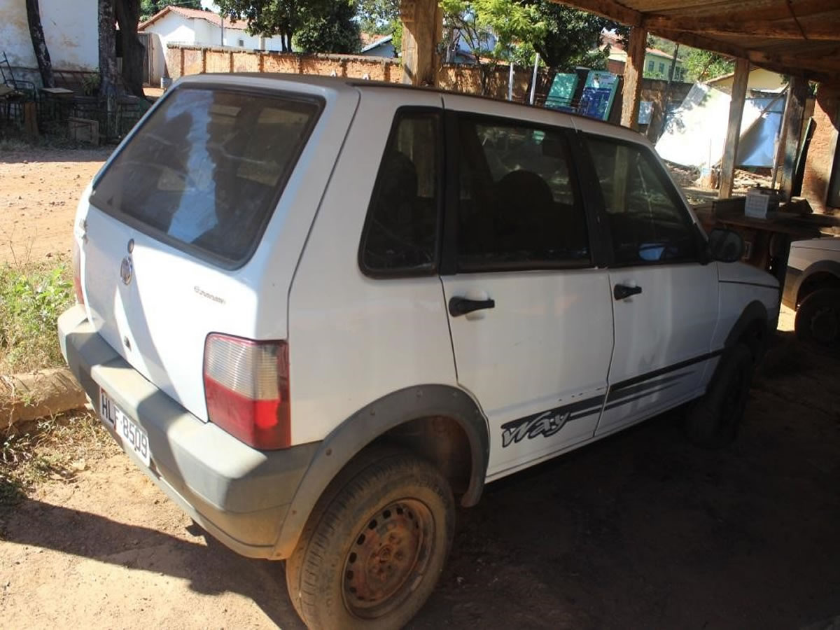 ITEM Nº: 15; Veículo; Fiat/Uno Mille Way Econ, ANO: 2012/2012, PLACA: 8509, CHASSI: 503, ...