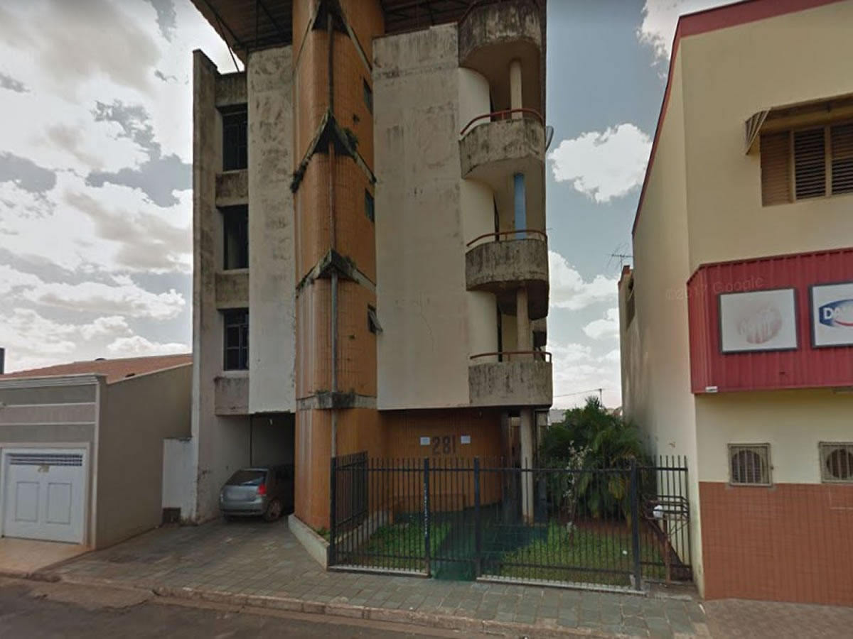 Conceição das Alagoas - Apartamento com 2 quartos,  Rua Presidente Vargas, 281 -  Ap. 102