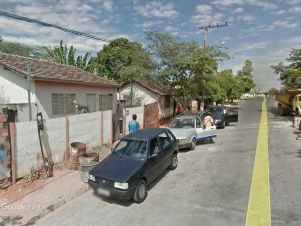 Araxá - Casa em lote de 299,00m²,  Rua Santa Catarina, 335, Bairro São Geraldo, Araxá , MA...