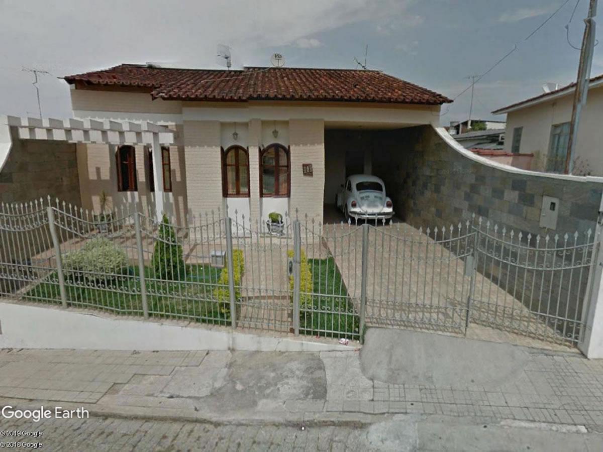 Campo Belo - Casa com 4 quartos, Rua Guapé, 265, Vila Misseno Silvério de Almeida, Campo B...
