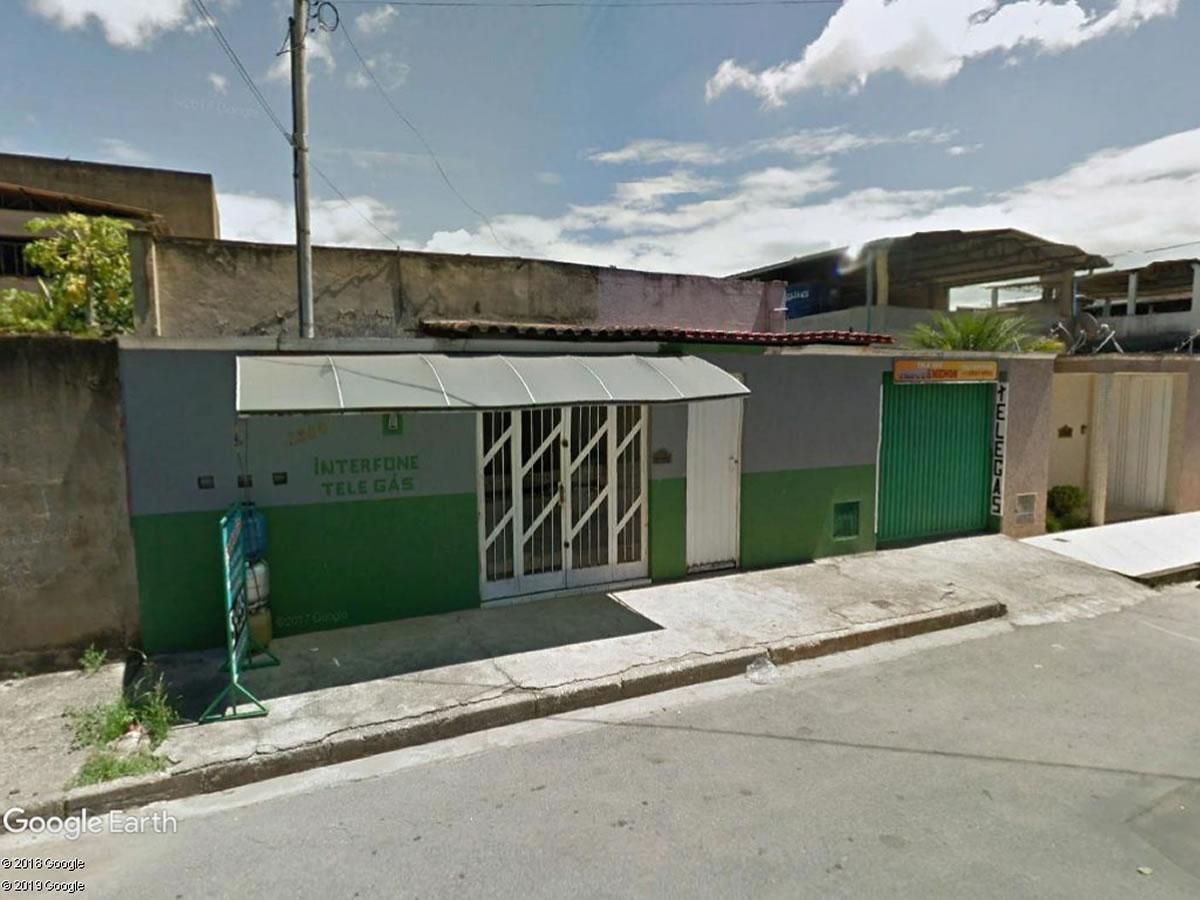Coronel Fabriciano - Imóvel comercial e residencial com 101,70m²,  Rua Paranaíba, 1380, Sa...