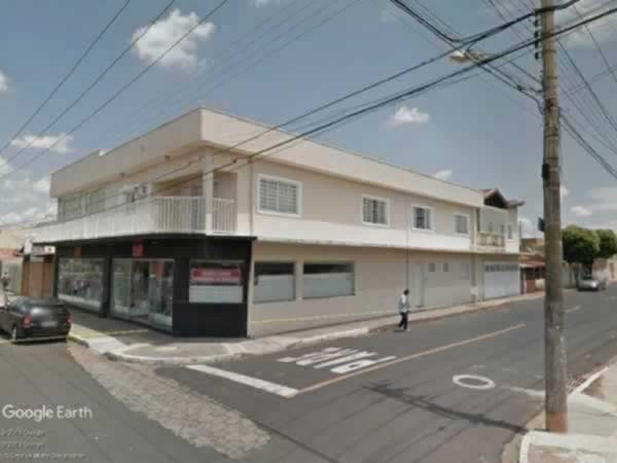 Uberaba - 50% de uma casa com lote de 254,86m²,  Rua Coronel Antônio Rios, 470, Bairro San