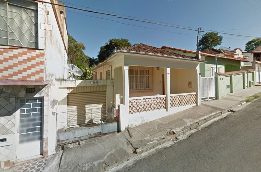 São Lourenço - Casa com 02 quartos e garagem, Rua Benjamin Constant, 247, Carioca, São Lou