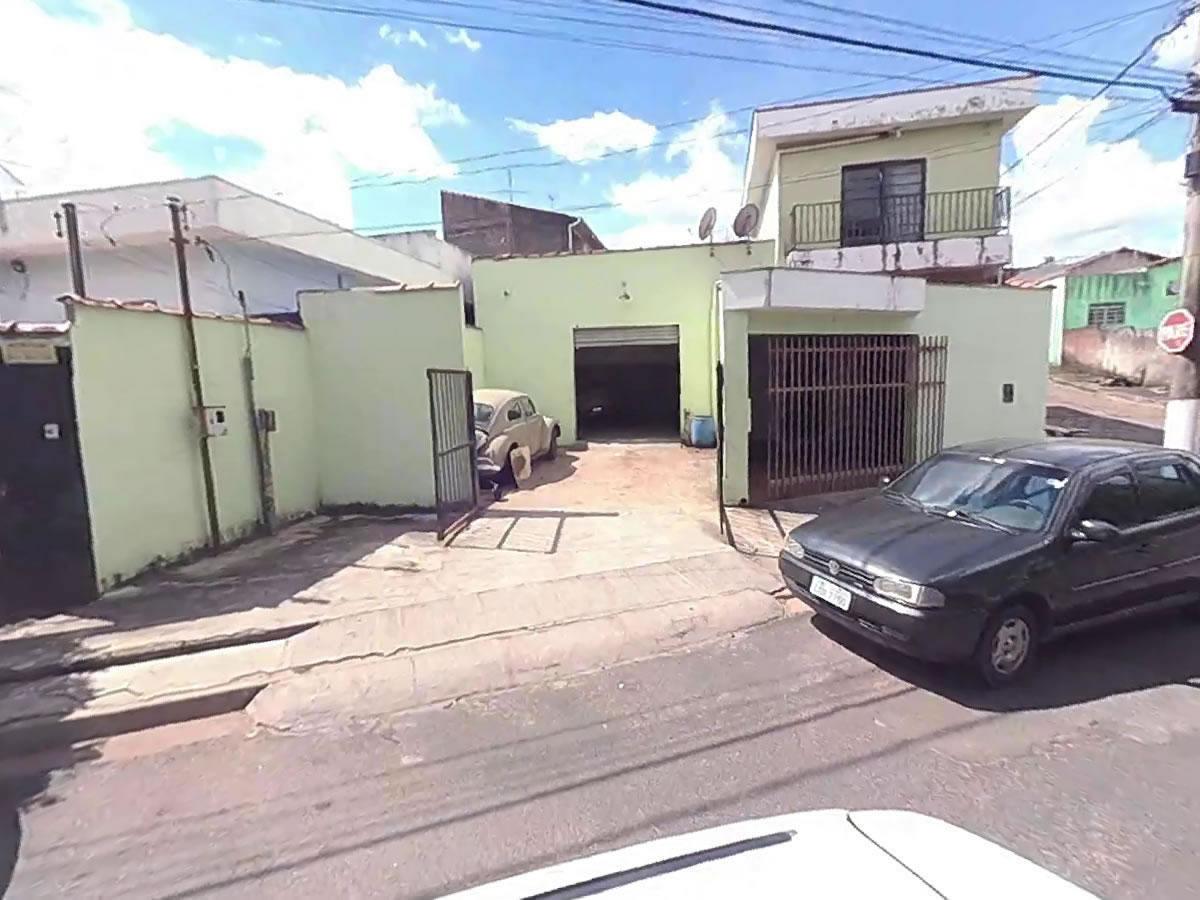 São Sebastião do Paraíso - Prédio Comercial com 155,00m²,  Avenida Jerônimo Diogo Pereira,...