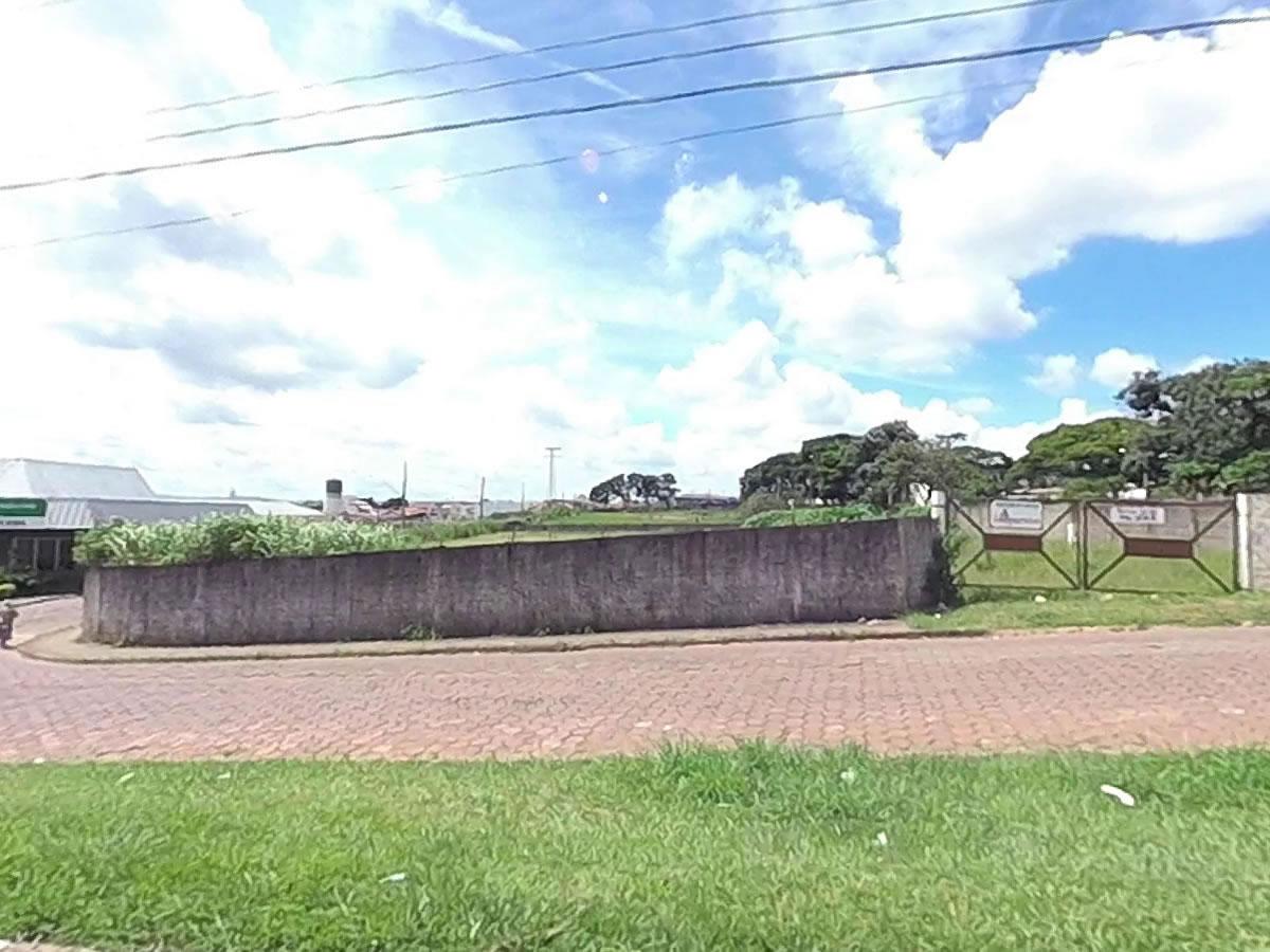 São Sebastião do Paraíso - Terreno com 3.500,00m²,  Avenida Dárcio Cantieri, Lote 1-A, qua