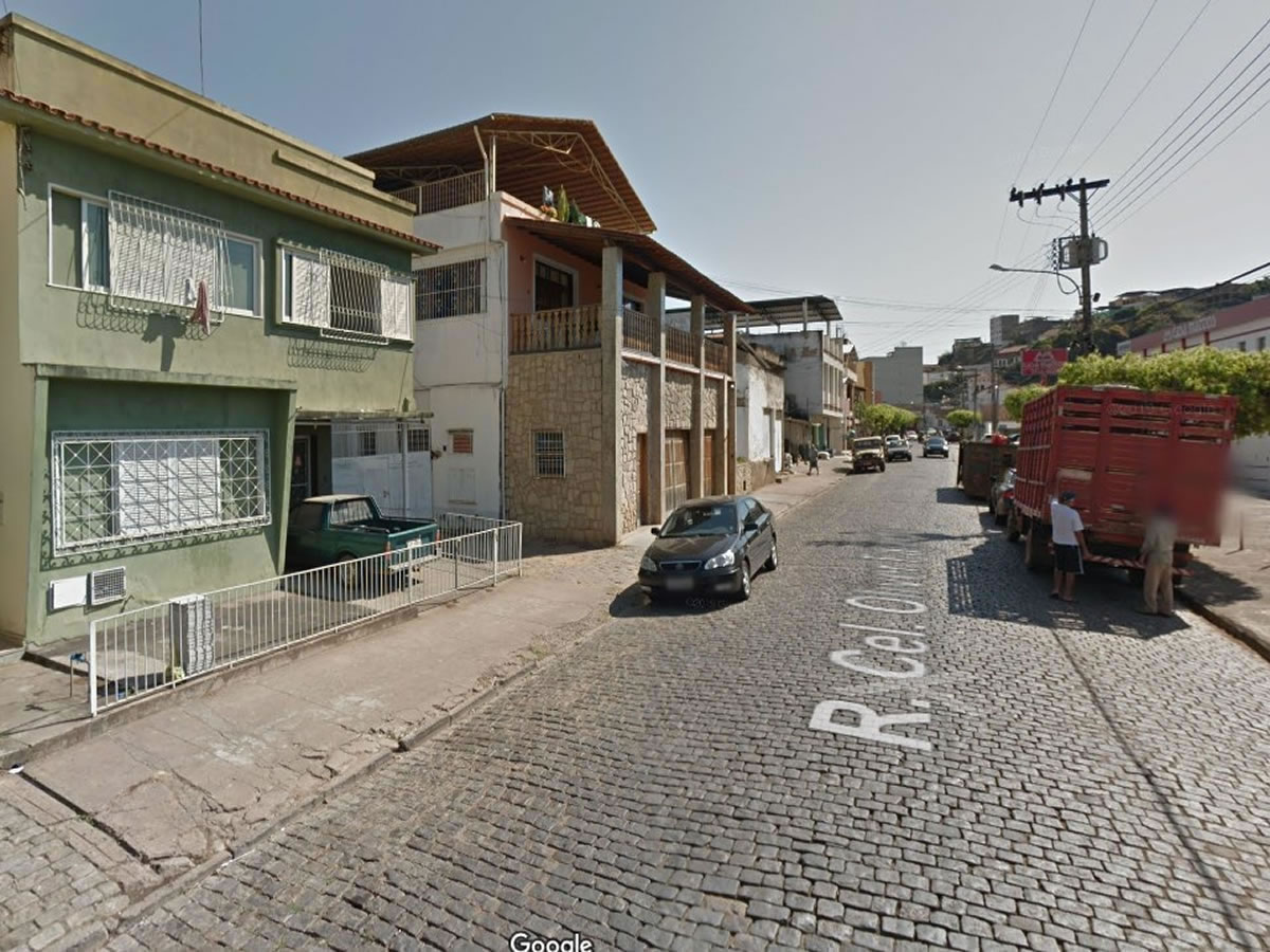 Leopoldina - Galpão em lote de 386,00m², Rua Coronel Olivier Fajado, conforme matricula, C