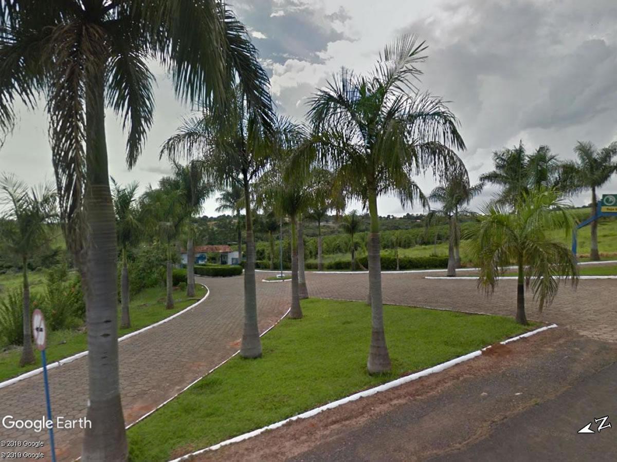 São Sebastião do Paraíso - Chácara de 2.702,55m²,  Av. dos Pinheiros, Lote 03, quadra A, C...