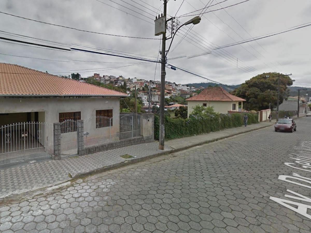 São Lourenço - Lote com 345,00m², Av. Dr. Getúlio Vargas, Lote 10 (ao lado do nº 1470), Vi