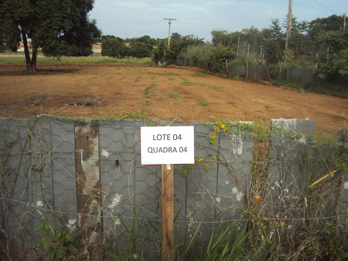 ITEM Nº: 02; Chácara nº 04, da quadra nº 04, medindo 1.082,00m²; situado na Alameda das Ac