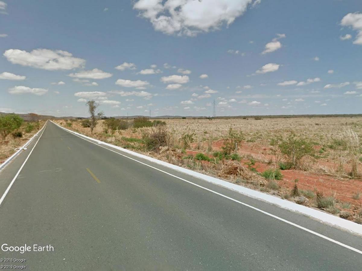 Pedras de Maria da Cruz - Terreno rural com 300,00Hás,  Lugar denominado Capivara, s/nº, Z...