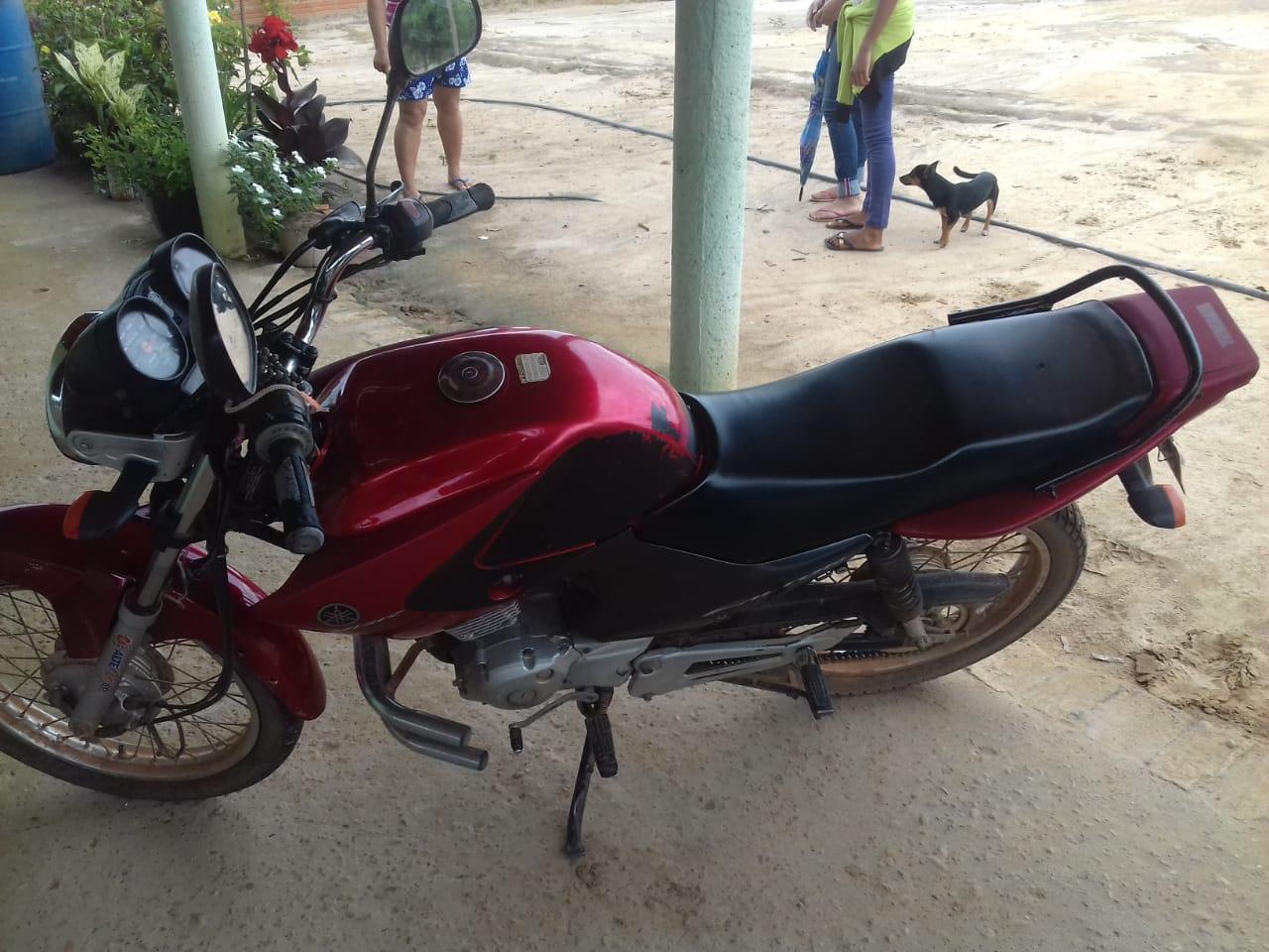 Rio Pardo de Minas - Motocicleta Factor YBR 125 Yamaha, ANO: 2010/2010,  COR: Vermelha, PL...