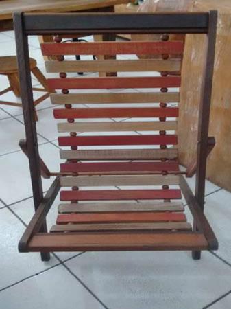 Itaúna - Cadeira de praia Em madeira de demolição peroba rosa. ==> IMPORTANTE: O primeiro