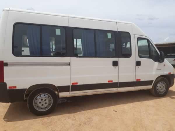 ITEM Nº: 02; Micro-ônibus; Citroen Jumper M35 2.3, ANO: 2014/2014, PLACA: 6907, CHASSI: 2...