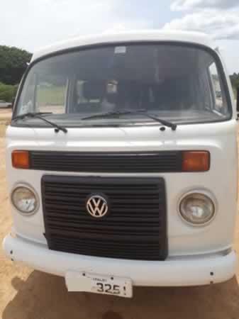 ITEM Nº: 03; Veículo; VW Kombi Lotação, ANO: 2010/2011, PLACA: 3251, CHASSI: 166, COR: br...